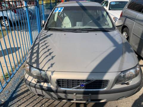 2002 Volvo S60 for sale at HW Used Car Sales LTD in Chicago IL