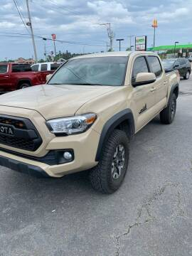 2017 Toyota Tacoma for sale at BRYANT AUTO SALES in Bryant AR