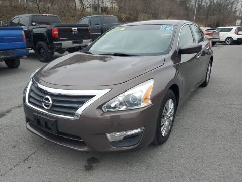 2013 Nissan Altima for sale at Mulligan's Auto Exchange LLC in Paxinos PA