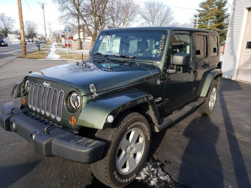 2007 Jeep Wrangler Unlimited for sale at The Car Mart in Milford IN