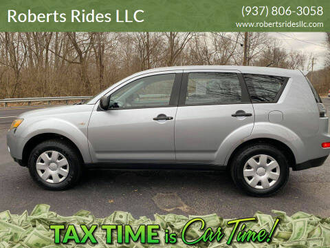 2007 Mitsubishi Outlander for sale at Roberts Rides LLC in Franklin OH