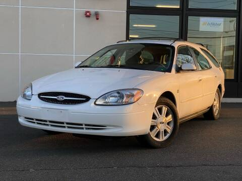 2003 Ford Taurus for sale at MAGIC AUTO SALES in Little Ferry NJ