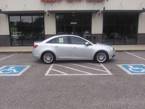2013 Chevrolet Cruze for sale at DOUG'S AUTO SALES INC in Pleasant View TN