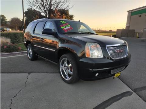 2011 GMC Yukon for sale at D & I Auto Sales in Modesto CA