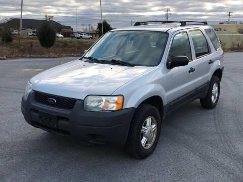 2004 Ford Escape for sale at PREMIER AUTO SALES in Martinsburg WV