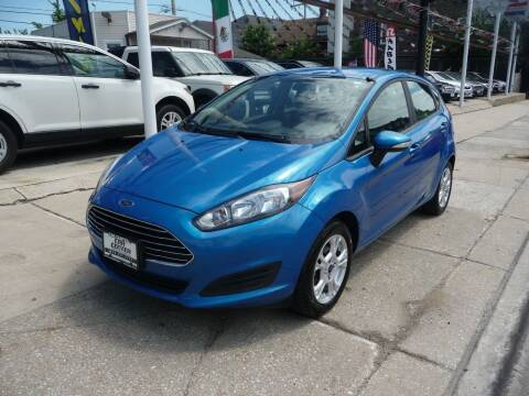 2015 Ford Fiesta for sale at CAR CENTER INC in Chicago IL