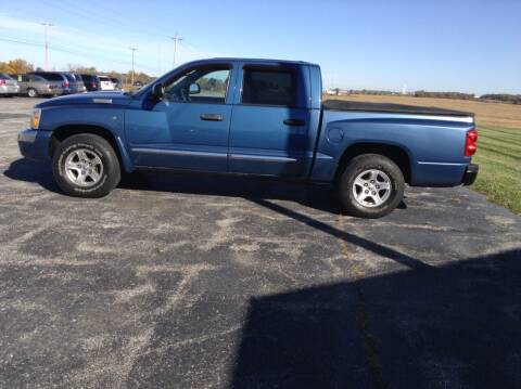2006 Dodge Dakota for sale at Kevin's Motor Sales in Montpelier OH