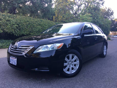 2009 Toyota Camry Hybrid for sale at Valley Coach Co Sales & Lsng in Van Nuys CA