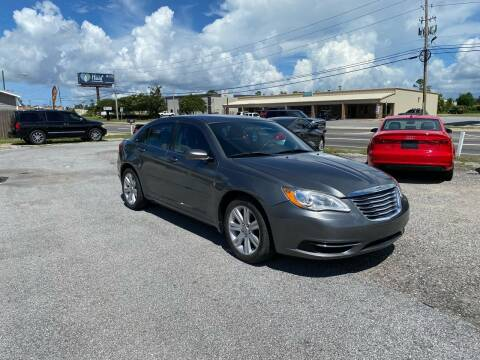2013 Chrysler 200 for sale at Lucky Motors in Panama City FL