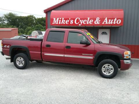 2005 GMC Sierra 2500HD for sale at MIKE'S CYCLE & AUTO in Connersville IN