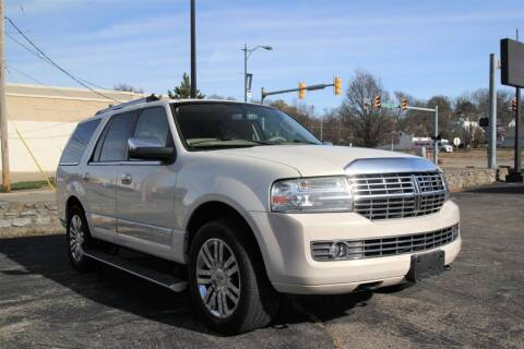 2008 Lincoln Navigator for sale at PMC Automotive in Cincinnati OH