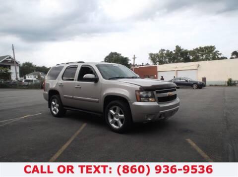 2007 Chevrolet Tahoe for sale at Lee Motor Sales Inc. in Hartford CT