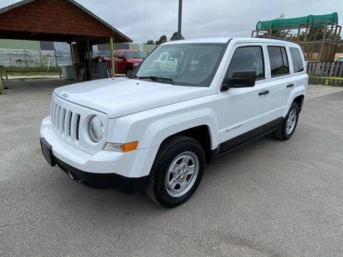 2016 Jeep Patriot for sale at RODRIGUEZ MOTORS CO. in Houston TX