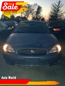 2007 Ford Taurus for sale at Auto World in Carbondale IL