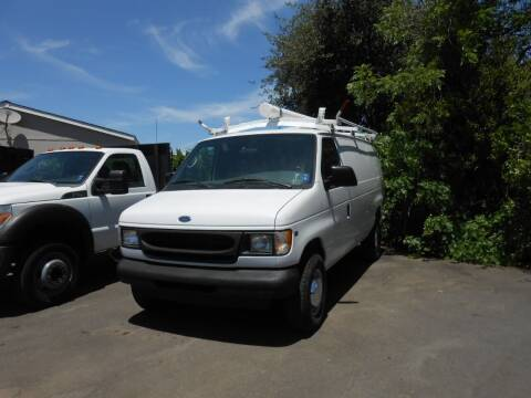 2001 Ford E-Series Cargo for sale at Armstrong Truck Center in Oakdale CA