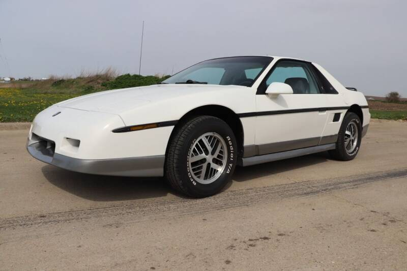 1985 Pontiac Fiero for sale in Clarence, IA