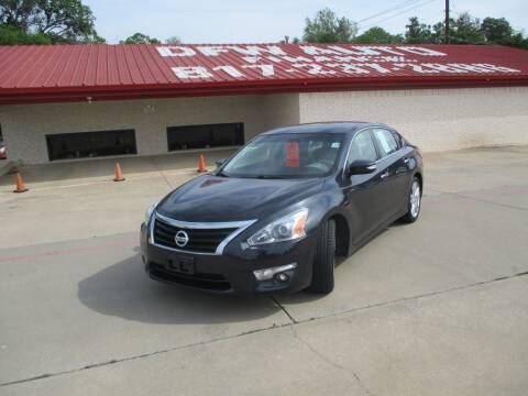 2013 Nissan Altima for sale at DFW Auto Leader in Lake Worth TX