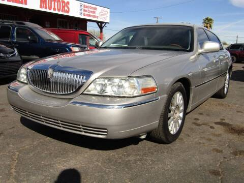 2005 Lincoln Town Car for sale at Van Buren Motors in Phoenix AZ