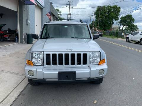 2006 Jeep Commander for sale at SUNSHINE AUTO SALES LLC in Paterson NJ