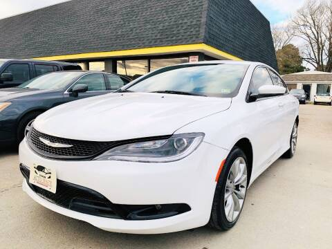 2015 Chrysler 200 for sale at Auto Space LLC in Norfolk VA