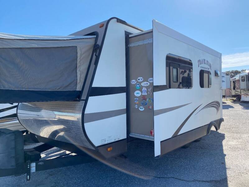 2015 Starcraft Travel Star 227CK for sale at Bates RV in Venice FL