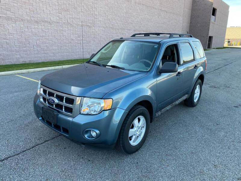 2010 Ford Escape for sale at JE Autoworks LLC in Willoughby OH