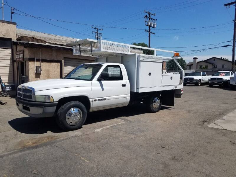 2002 Dodge Ram Pickup 2500 for sale at Vehicle Center in Rosemead CA