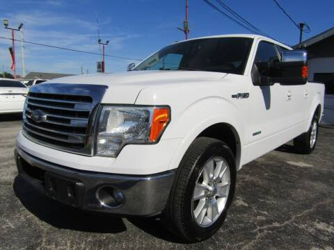 2013 Ford F-150 for sale at AJA AUTO SALES INC in South Houston TX