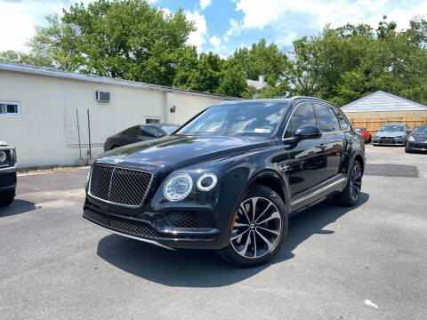 2019 Bentley Bentayga for sale at GLOBAL MOTOR GROUP in Newark NJ