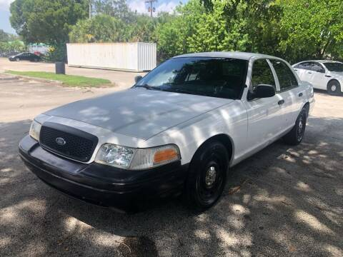 2003 Ford Crown Victoria for sale at USA BUSINESS SOLUTIONS GROUP in Davie FL