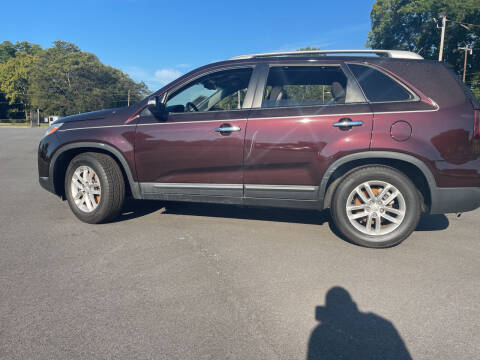 2014 Kia Sorento for sale at Beckham's Used Cars in Milledgeville GA