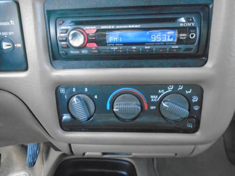 1999 Chevrolet S-10 2dr LS Extended Cab SB - Houston TX