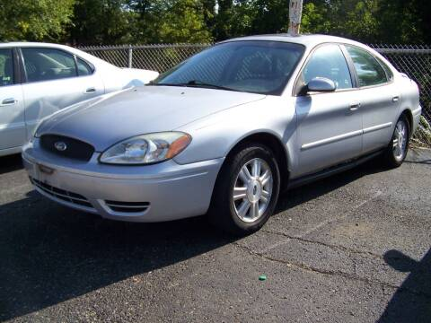 2007 Ford Taurus for sale at Collector Car Co in Zanesville OH