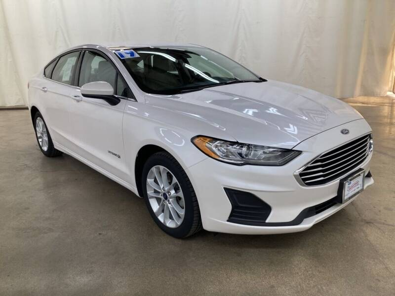 2019 Ford Fusion Hybrid for sale in Barrington, IL