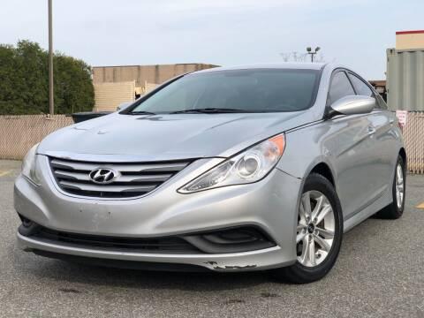 2014 Hyundai Sonata for sale at MAGIC AUTO SALES - Magic Auto Prestige in South Hackensack NJ