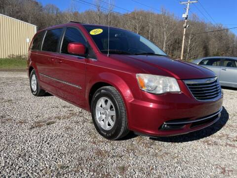 2012 Chrysler Town and Country for sale at Court House Cars, LLC in Chillicothe OH