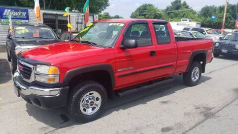 2004 GMC Sierra 2500HD for sale at Howe's Auto Sales in Lowell MA