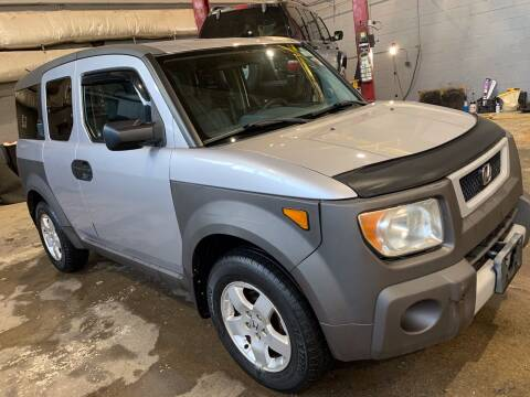 2003 Honda Element for sale at Square Business Automotive in Milwaukee WI