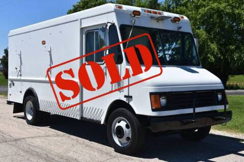 1999 Workhorse P3500 for sale at Signature Truck Center - Step Van-Food Truck in Crystal Lake IL