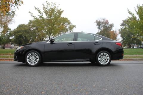 2013 Lexus ES 350 for sale at Lexington Auto Club in Clifton NJ