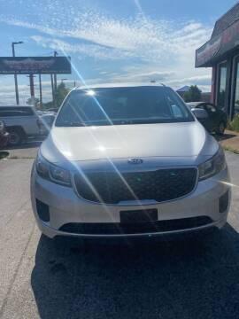 2015 Kia Sedona for sale at Washington Auto Group in Waukegan IL