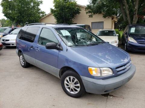 1998 Toyota Sienna for sale at Bad Credit Call Fadi in Dallas TX