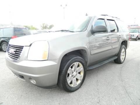 2007 GMC Yukon for sale at Auto House Of Fort Wayne in Fort Wayne IN