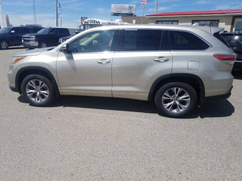 2016 Toyota Highlander for sale at Revolution Auto Group in Idaho Falls ID