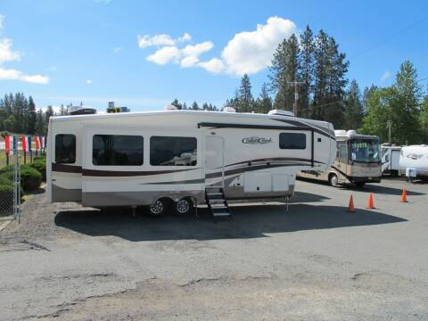 2017 Forest River Cedar Creek 34RL2  Hathaway Ed for sale at Oregon RV Outlet LLC - 5th Wheels in Grants Pass OR