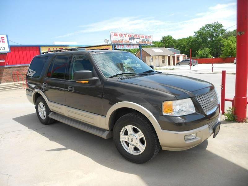 2005 Ford Expedition for sale at Car Depot in Fort Worth TX