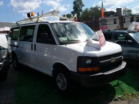 2007 Chevrolet Express Cargo for sale at Drive Deleon in Yonkers NY