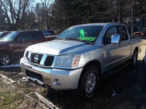 2004 Nissan Titan for sale at Northwoods Auto & Truck Sales in Machesney Park IL
