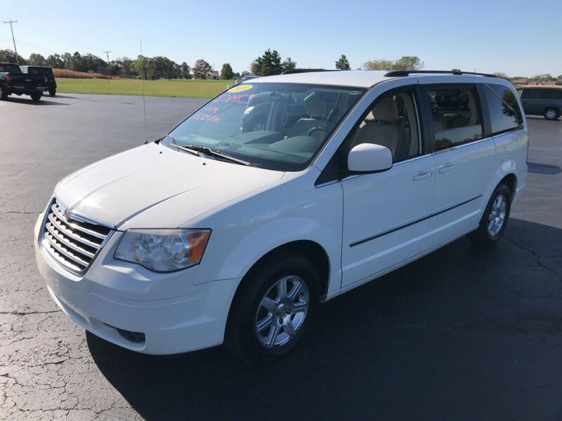2009 Chrysler Town and Country for sale at Huggins Auto Sales in Hartford City IN
