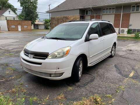 2005 Toyota Sienna for sale at USA AUTO WHOLESALE LLC in Cleveland OH